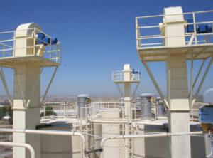 elevadores de cangilones en funcionamiento